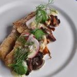 Ät gott i en restaurang vid Siljan