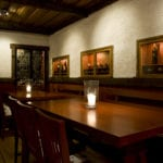 Det är en harmonisk atmosfär på Tällbergsgårdens pub